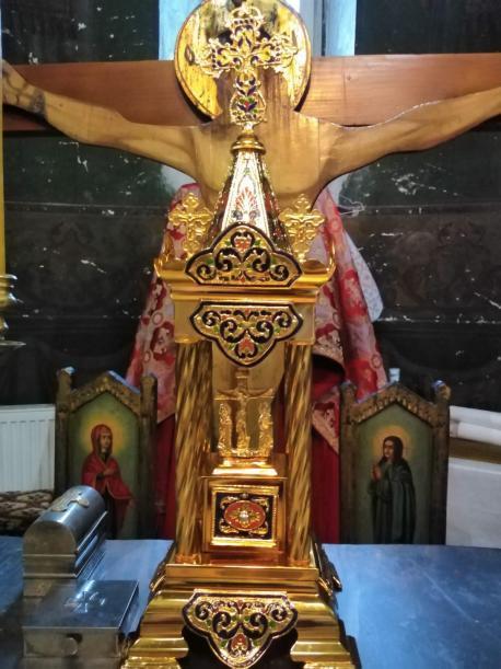 Biserica din Chițoveni - Flămânzi are un nou Sfânt Chivot