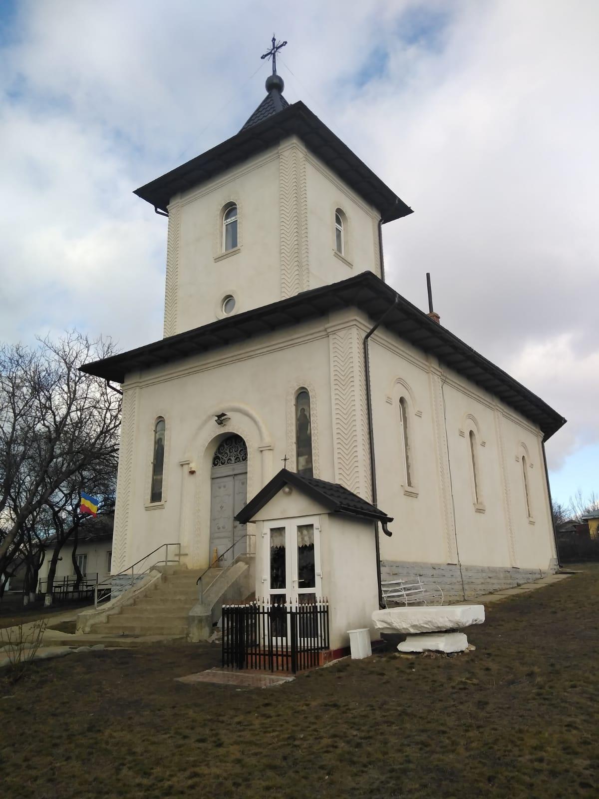 Biserica cu Hramul Sf. M. Mc. Dimitrie Izvorâtorul de Mir